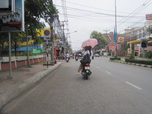 thai2Unb1_300.jpg