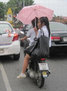 thai2Unb2_300.jpg