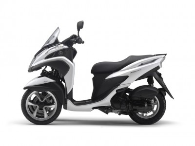 yamaha TRICITIY sideview